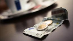 Euro na biurku